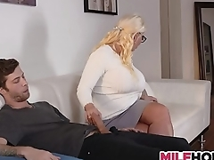 Stepdaughters Boyfriend Gets Seduced By Mom