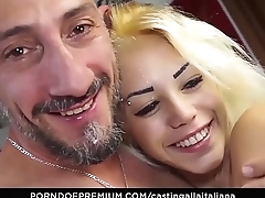 CASTING ALLA ITALIANA - Italian bird pussy licked and banged in audition