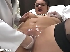 Amateur BBW french milf fisted analyzed and facialized round 3way at the gyneco