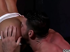 JR Bronson dominated by a well-built guy