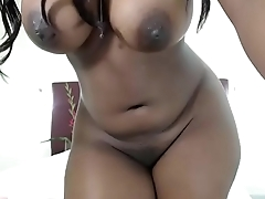 Black slut nude showing her body to make guys cum