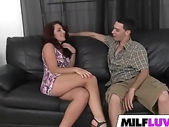 Sexy MILF Savannah Fox Gets Fucked