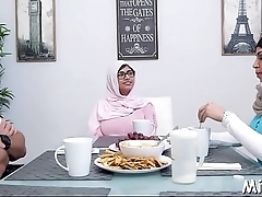 Coarse fuck for a naughty arab chick