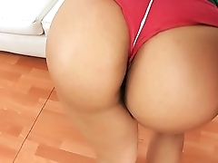 Perfect Round and Tight Steadfast Ass Latina Working Out and Exposing Cameltoe