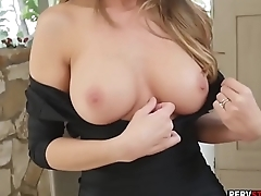 MILF blonde stepmom showed her wet pussy less her stepson