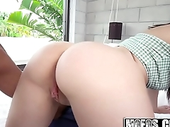 Mofos - Public Pick Ups - (Joseline Kelly) - Busty Teens Asshole Stretched Out