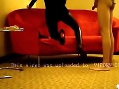 经典大片 蕾蕾皮裤修身短裙高跟宾馆怒操