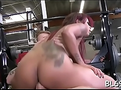 Dark doxy receives hot pounding