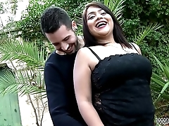 Curvy Lolita Fucked and Fingered In the balance She Squirts Outdoors