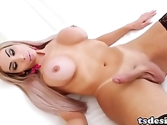 Trans Girl Marcelly Gaucha Pleases Herself