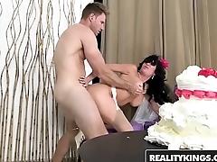 RealityKings - Milf Hunter - (Levi Cash, Veronica Avluv) - Bride To Be