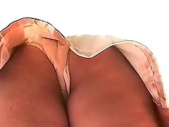 Upskirt a la Puta Gorda #2